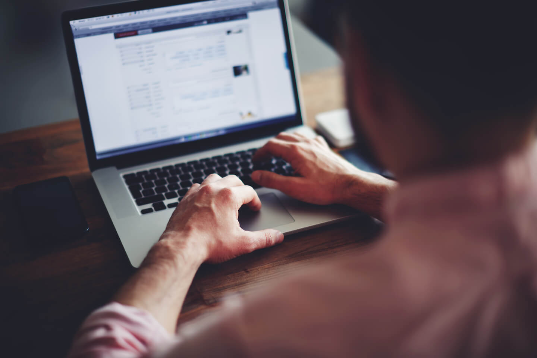 Enjeux du télétravail et services d'outils de travail collaboratif